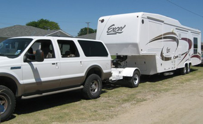 ford excursion towing with the automated safety hitch system